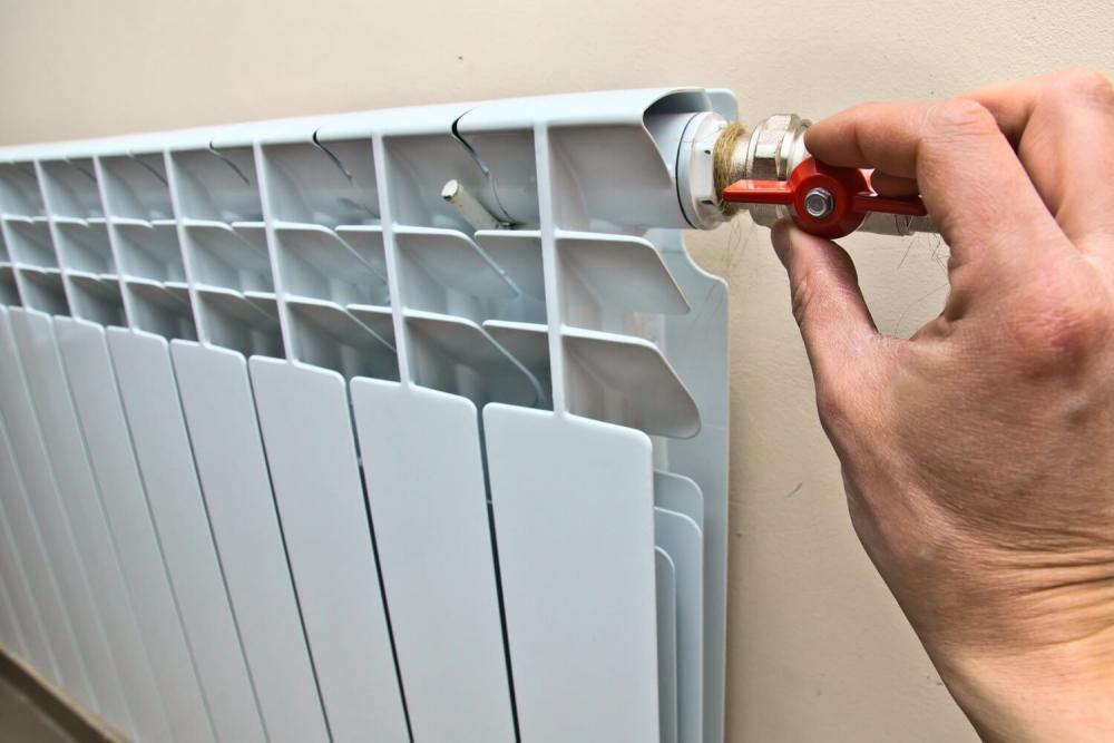 Απελευθερώστε αέρα από τη θέρμανση της μπαταρίας