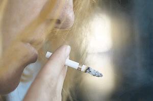 cigarro-prejuizos-voz-otorrinos-curitiba