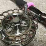 ヘチ釣りおすすめリール【バトルフィールド黒鯛BK90NR】安くて回転性能抜群