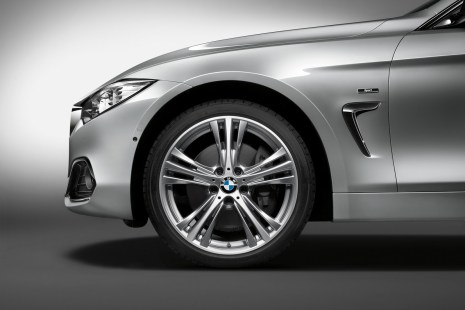 2015-BMW-4-Series-Gran-Coupe-74