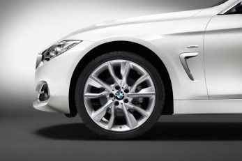 2015-BMW-4-Series-Gran-Coupe-82