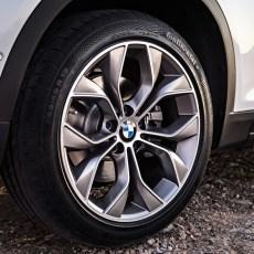 2015-BMW-X3-Facelift-24