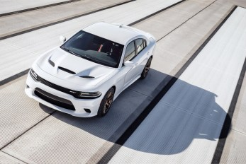 2015-Dodge-Charger-Hellcat-SRT-49