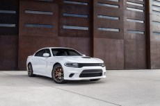 2015-Dodge-Charger-Hellcat-SRT-61