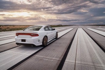 2015-Dodge-Charger-Hellcat-SRT-69
