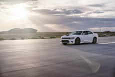 2015-Dodge-Charger-Hellcat-SRT-78