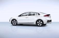 2016-Hyundai-Ioniq-Electric-4