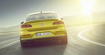 2018-VW-Arteon-15