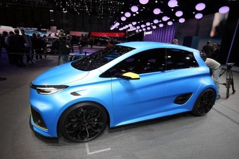 Renault-Zoe-e-Sport-2