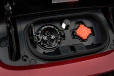 NA-2018-Nissan-Leaf-13