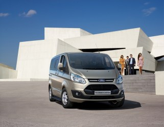 1515764809_Ford_Tourneo_Custom