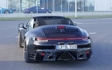porsche-992-cabrio-spied-top-down-10
