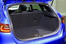 2018-kia-ceed-hatch-unveiled-10