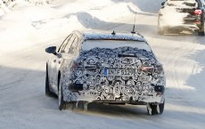 audi-a6-avant-spied-inside-out-12