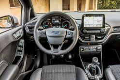 2018_Ford_Fiesta_ACTIVE_25