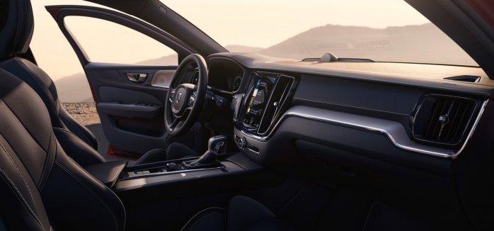 437d85e2-2019-volvo-s60-unveiled-118