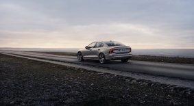 8f72f511-2019-volvo-s60-unveiled-56