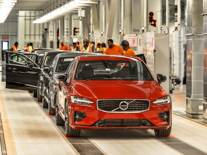 bb93f0bd-2019-volvo-s60-unveiled-161