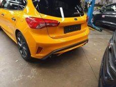 3bac2e82-2019-ford-focus-st-2