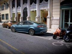 a2ce5bfe-2020-ford-mondeo-hybrid-wagon-11