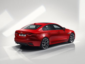 6fb4de2d-2020-jaguar-xe-facelift-24