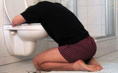 Почему болит голова после алкоголя и как избавиться от похмелья. Почему быстро пьянеет человек после приема алкоголя
