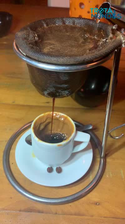 Cafezinho com doce de leite