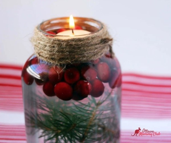 Super Easy Mason Jar Christmas Candle
