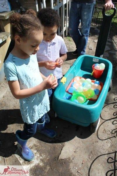 Ottawa Mommy Club Zuru Bunch O Balloons Wagon Photo
