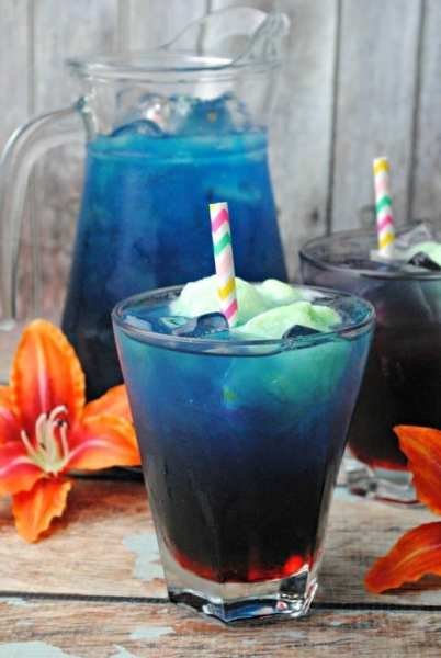 Hawaiian Sea Foam Punch (Virgin)