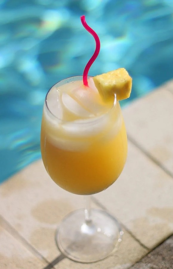 Amazing Summer Wine Coolers and Mimosas