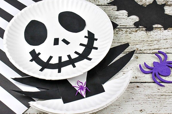 The Nightmare Before Christmas Jack Skellington Paper Plate Craft by Comiccon Family.