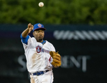 Can-Am: Regular Season Game between the Rockland Boulders and the Ottawa Champions held on May 30, 2016 at Raymond Chabot Grant Thornton Parc. Photo: Marc Lafleur