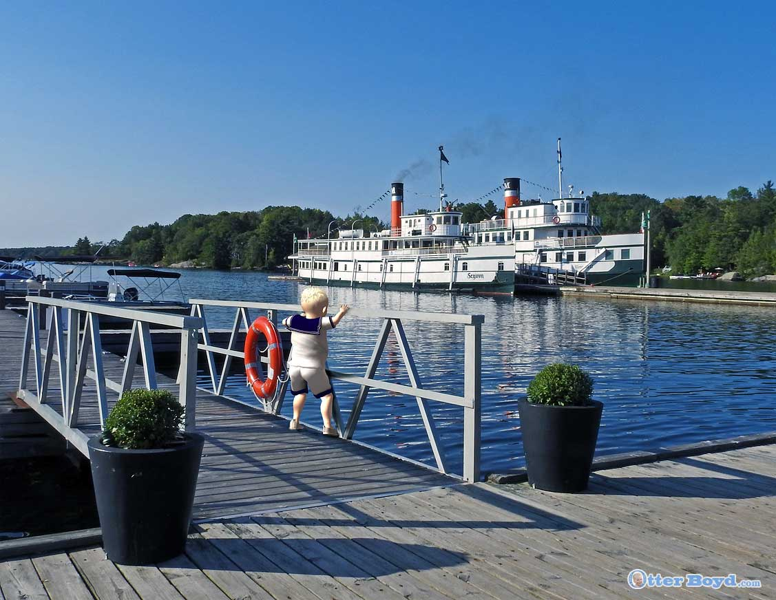 little sailor boy and the steamships