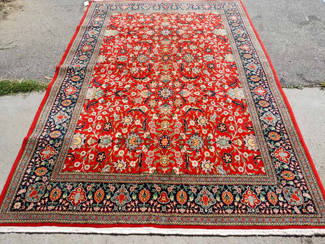 Very Finley Double knotted Turkish Wool on Cotton Carpet from Hereke. Approximatley 50 years old