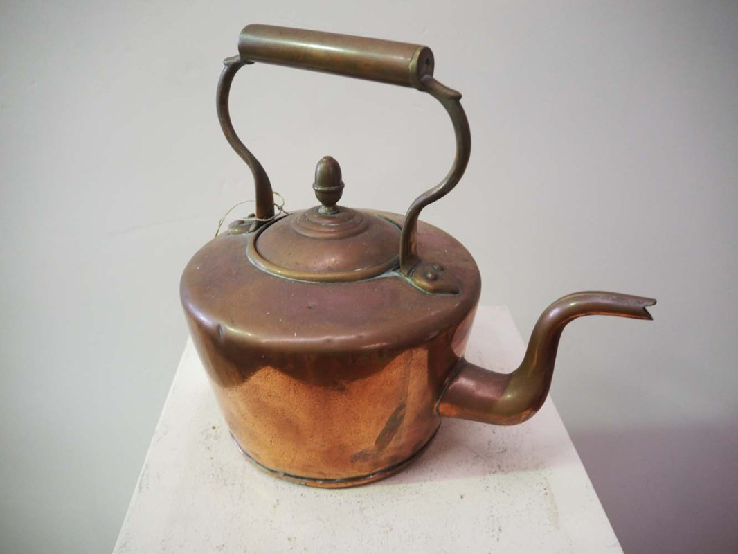 Metal Homeware and Kitchenware Copper kettle