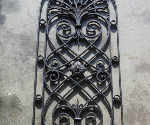 Antique French Fine Quality Vintage Wrought iron Grille