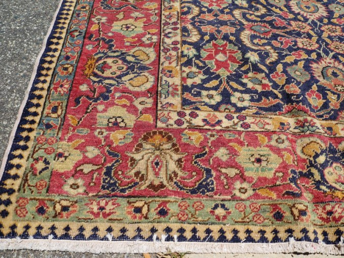 Double knotted hand made Turkish carpet from Kayseri, approximately 80 years old
