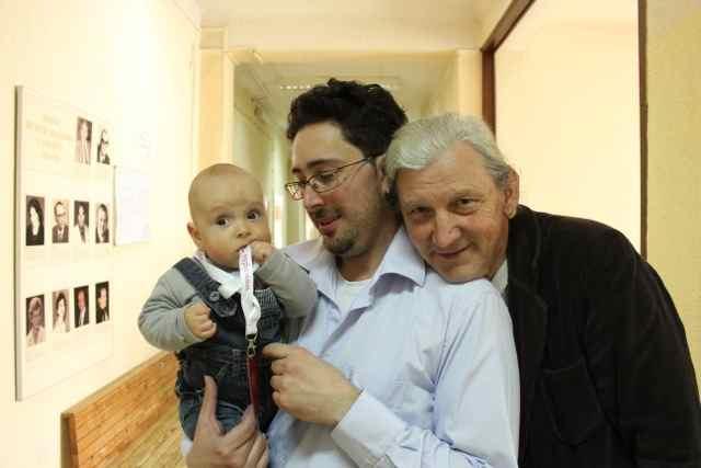 Dani Sehu with son Benjo and Predrag Stankovic
