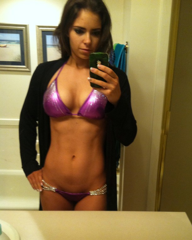 Hot-Fit-Girls-Selfie-Purple-Suit