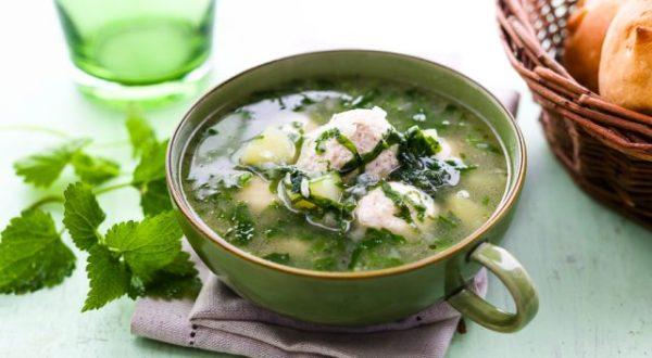Суп из крапивы с яйцом, щавелем, мясом и без мяса ...