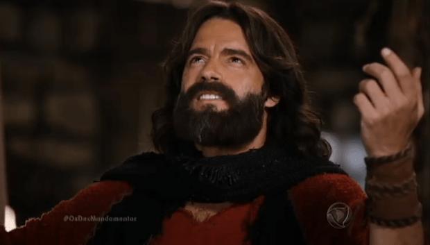"""Moisés (Guilherme Winter) em cena de """"Os Dez Mandamentos"""" (Foto: Reprodução/Record)"""