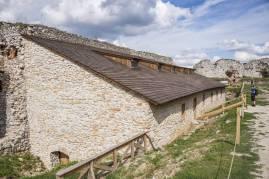 Zamek w Cachticach (19)