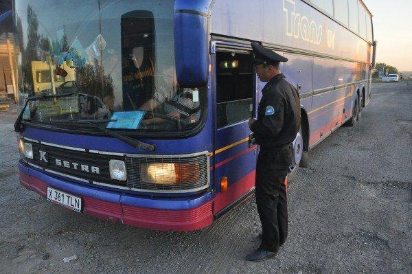 В сторону Алматы каждый второй водитель выезжает с грузом нарушений