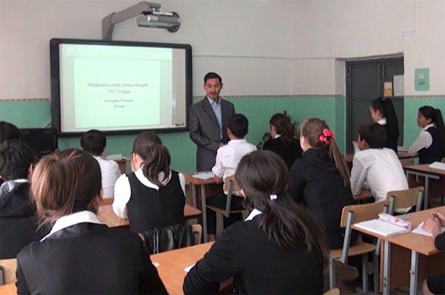В школе Альберт Абдраимов работает 20 лет
