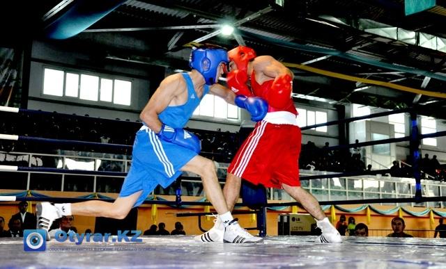 Бой Жакыпова в 1/4 финала чемпионата на Кубок Федерации бокса Республики Казахстан