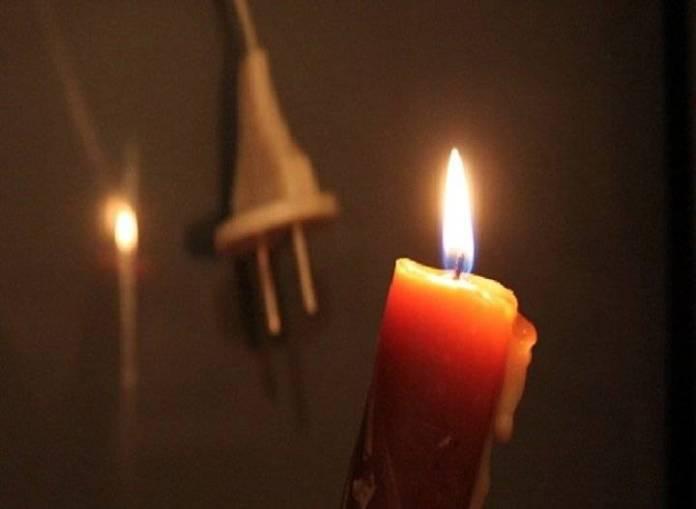 Люди в Шымкенте живут без света