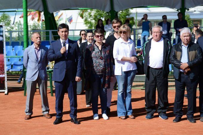 В Шымкенте стартовал турнир среди любителей памяти Рашита Хасанова