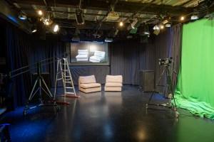 Kuva studiosta wappukuntoon rakentamisesta