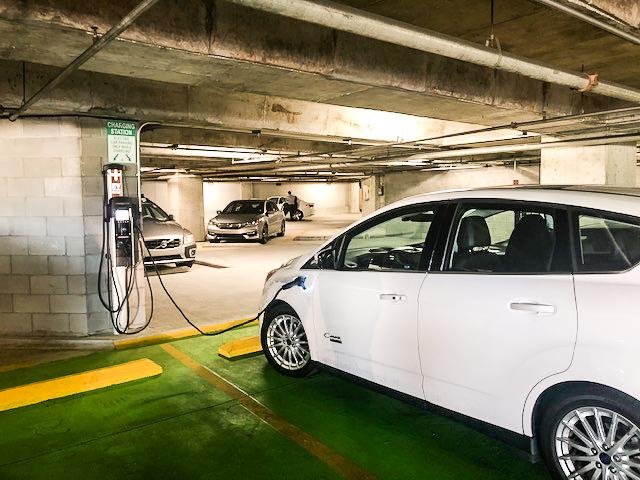 EV Charging Service Makes Good Business Sense